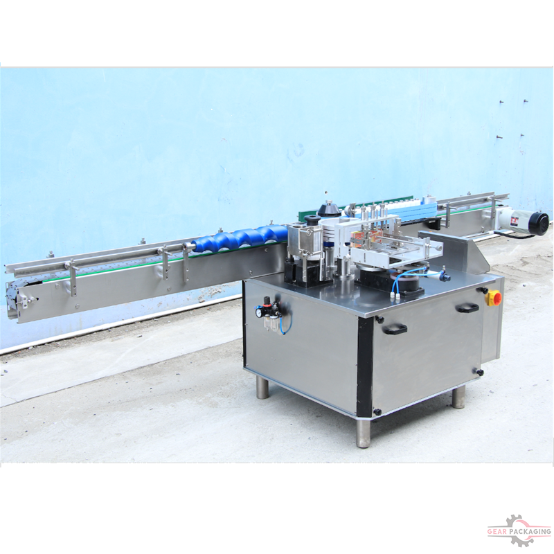 Automatic wet glue labeling machine Round glass plastic bottles wet glue labeling machinery linear cold paste labels applicator for food products wine bottles